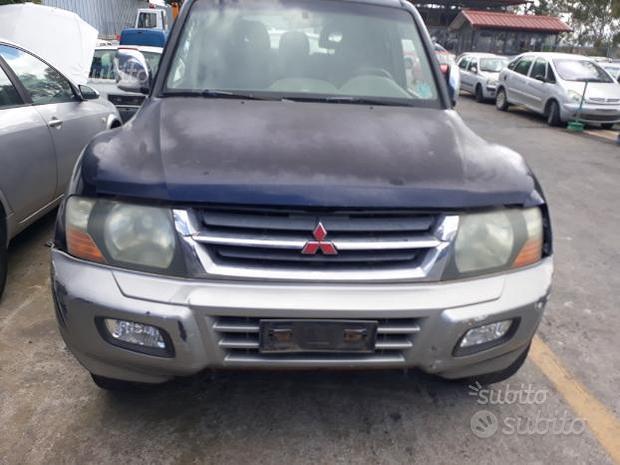 Mitsubishi pajero 3200 ricambi