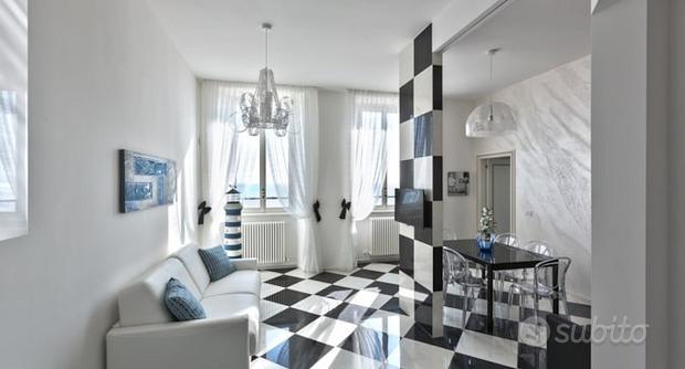 Elegante Appartamento Vacanze Il Faro Fronte Mare