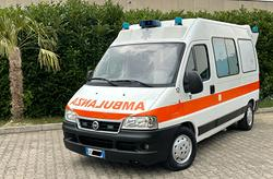 Fiat ducato ambulanza 2.8 jtd 115.000km clima auto