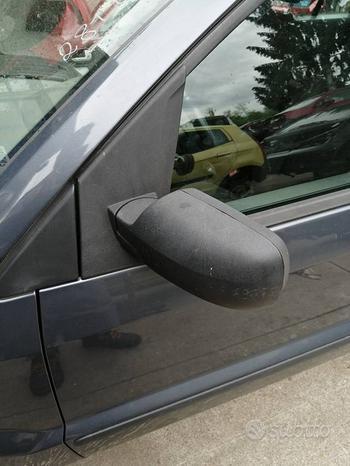 Specchio sinistro FORD FUSION del 2003