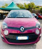 Renault new twingo 1.2 16v wave - 2012