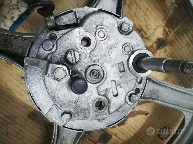 Mozzo ruota posteriore piaggio si usato