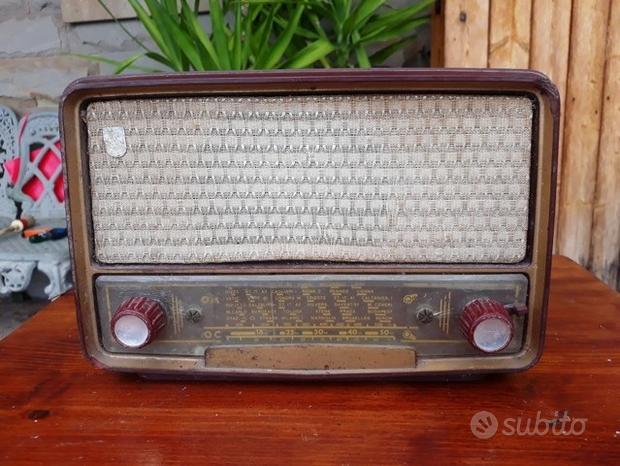 Radio d'epoca PHILIPS anni 50/60