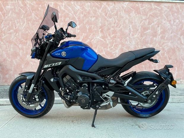 Yamaha MT-09 Accessoriata 7600 km - 2019