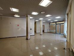 Prestigioso negozio/ufficio centralissimo a Monteg