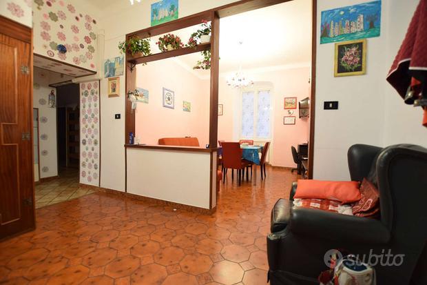 Appartamento a Genova, 3 locali