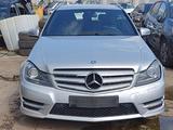 Ricambi Mercedes C 220 cdi W204 SW 2013 651911