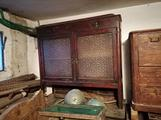 Vecchi mobili da restaurare