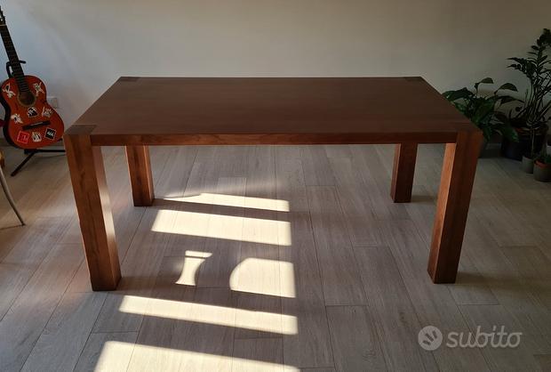 Tavolo classico da pranzo in legno massello di fr
