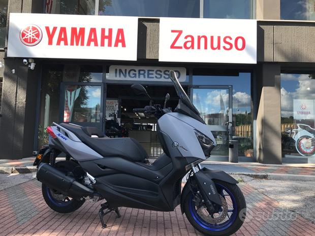 Yamaha X-Max 300 pochissimi chilometri 2021