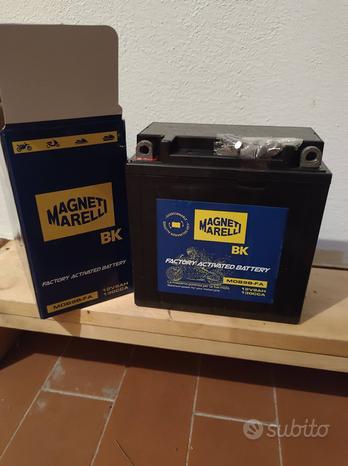 Batteria yb9-b 12v 9ah magneti marelli