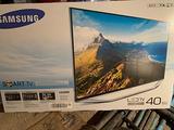 """Smart TV Samsung 40"""" serie 7 con imballi originali"""