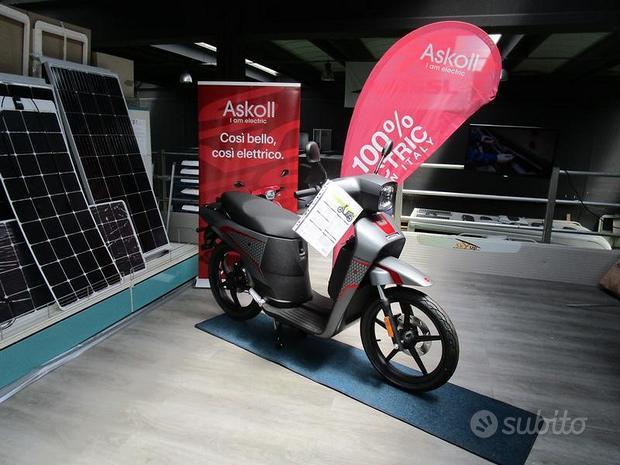 Scooter elettrico leggero e di design, Askoll NGS3