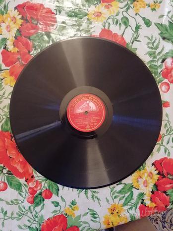 Collezione di dischi 78 giri in perfette condizion