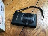 Fotocamera digitale Canon IXUS 220 HS nuova
