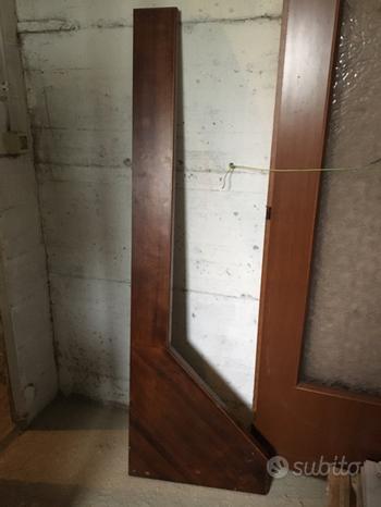 Mensola ad angolo in legno