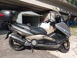 Yamaha T Max - 2004