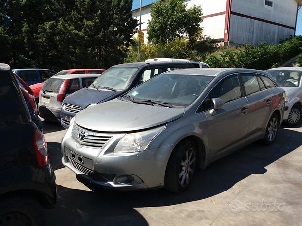 Accessori/ricambi auto TOYOTA AVENSIS 2009