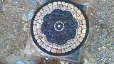 Mosaici in pietra per tavoli e pavimenti
