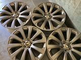 4 Ruote in Lega Range Rover Velar Originali