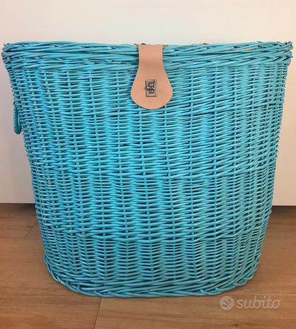 Grande cesta portaoggetti azzurra in vimini, usata