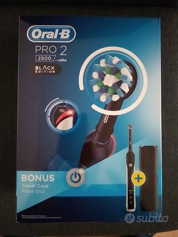 Spazzolino elettrico Oral-B + testine di ricambio