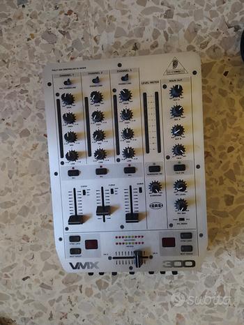 Mixer dj behringer vmx 300