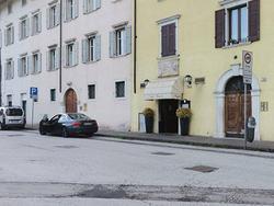 Studio Casa propone Negozio a Rovereto