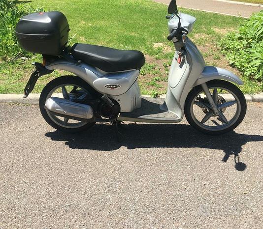 Scooter Aprilia Scarabeo 100