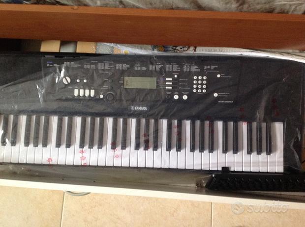 Tastiera musicale Yamaha ez220