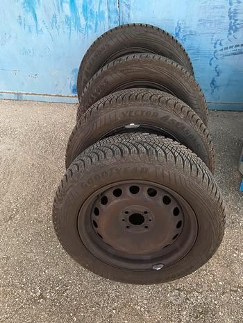Gomme 195/60 R15