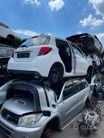Toyota yaris 1.4 d4d 1nd tv 66kw 6 marce