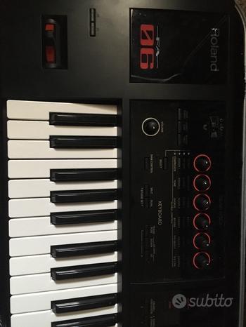 Tastiera sintetizzatore Roland FA 06