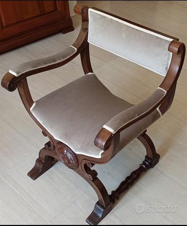 Antica sedia poltrona in legno stile savonarola