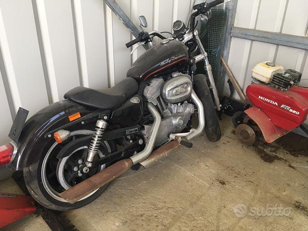 Harley davidson 883 demolita per ricambi no export