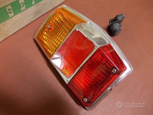 Fanale posteriore destro Renault R6