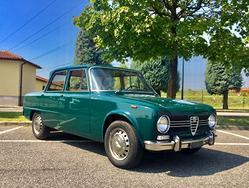 Alfa Romeo Giulia 1300 TI '1970 verde pino