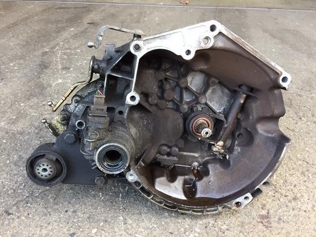 Cambio Citroen Saxo 2003 1100cc benzina HFX