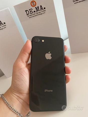 IPhone 8-64gb Space gray 12mesi garanzia