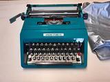 Macchina da scrivere Vintage OLIVETTI STUDIO - 45