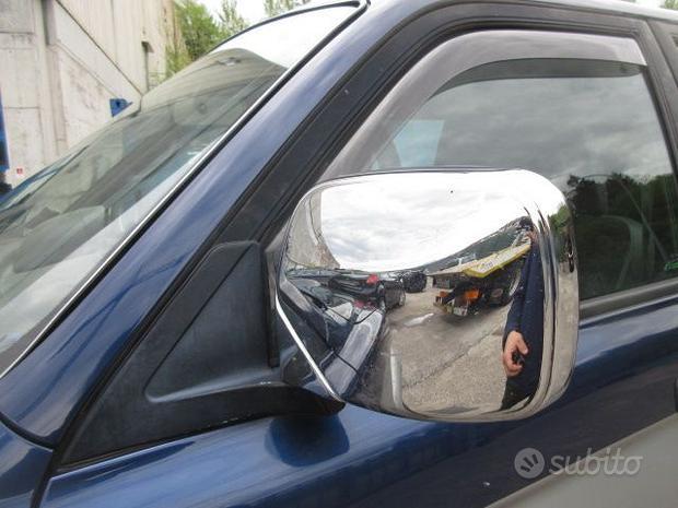 Specchio sinistro MITSUBISHI L200 del 2000