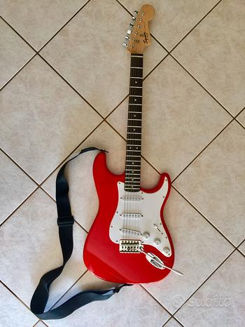 Chitarra elettrica Fender Squier Bullet Strat
