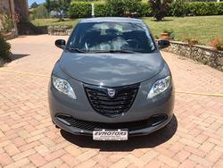 Lancia ypsilon 1.2 bz ok neopat. - 08/2014
