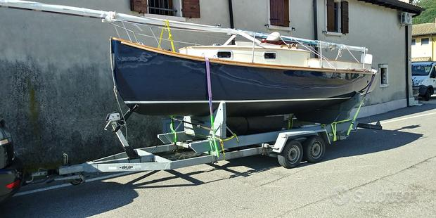 Barca tipo Catboat 6.20 lamellare