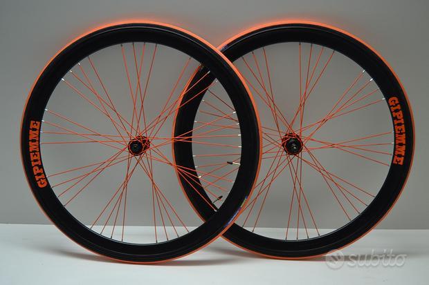 Ruote o cerchi 28 corsa nere arancio complete Comp