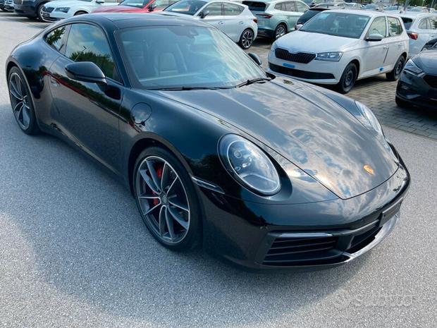 Porsche 911 (992) - 2022