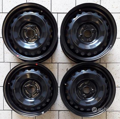 Cerchi ferro 15 Kia Rio Stonic Yaris Hyundai i20