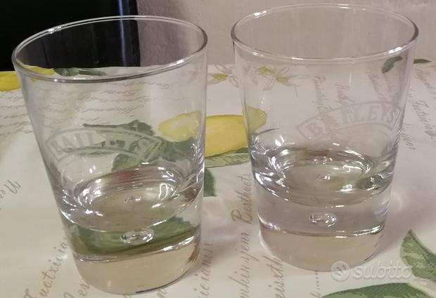 Coppia di bicchieri baileys