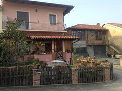 Graziosa villetta vicino Asti