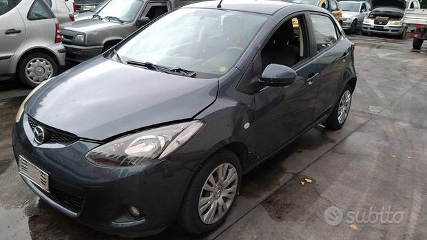 Pezzi di ricambio Mazda 2 anno 2008